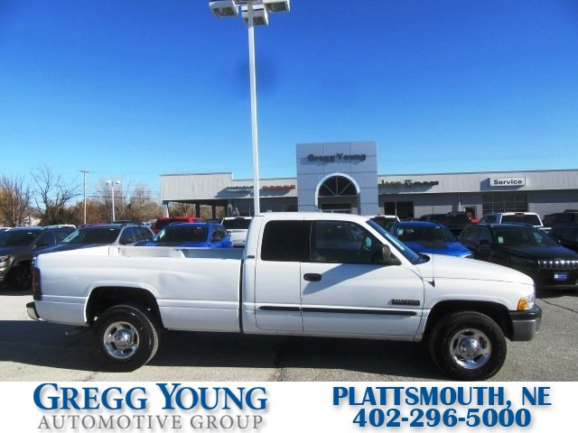 Pre-Owned 2001 Dodge Ram 2500 ST