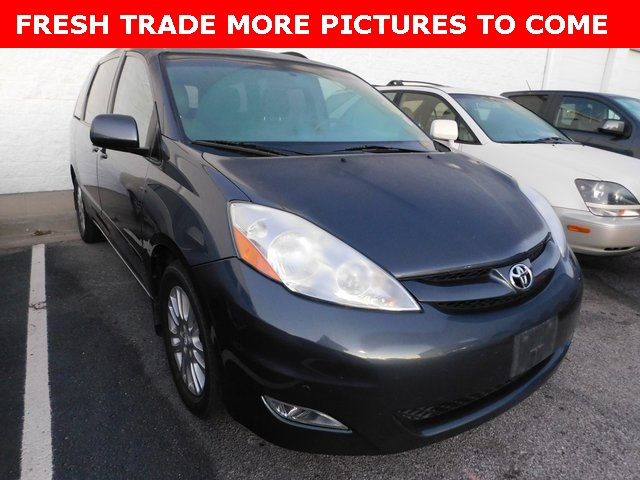 Pre Owned 2009 Toyota Sienna