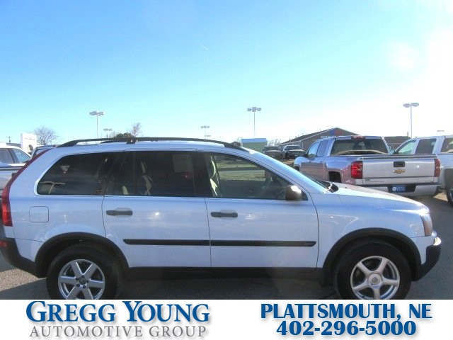 Pre-Owned 2005 Volvo XC90 2.5T